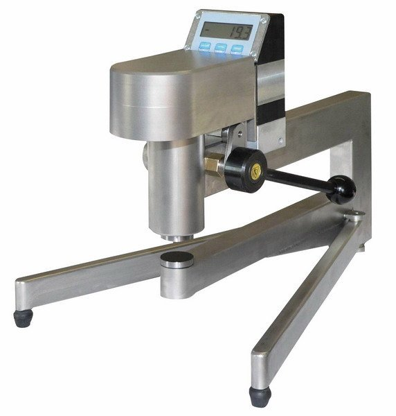 THICKNESS MEASURING DEVICE